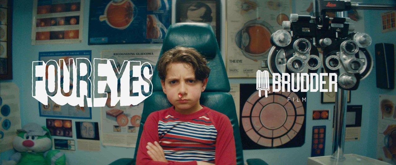 FourEyes - Divertida curta sobre a chegada a puberdade de um garoto