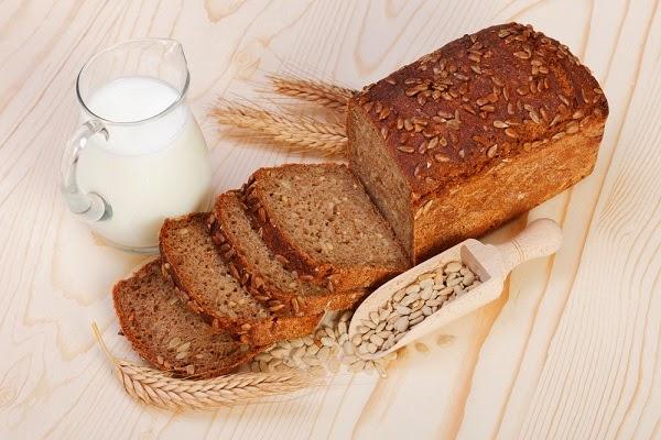 طريقة عمل الخبز الأسمر للريجيم فى المنزل