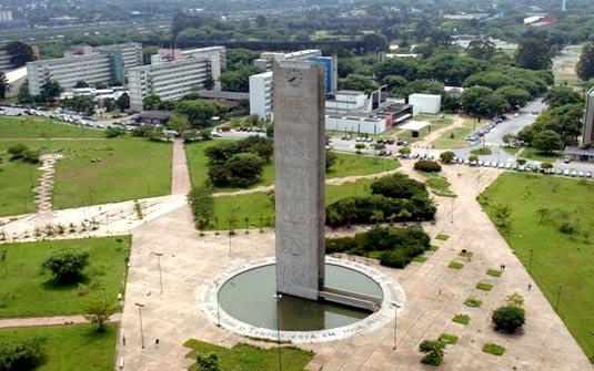 A Universidade de São Paulo (USP) apareceu na 9ª posição entre as melhores universidades dos países emergentes (Brasil, de acordo com o ranking da Times Higher Education (THE), divulgado na última quarta-feira (02). No último ranking da USP apareceu na 10ª colocação.