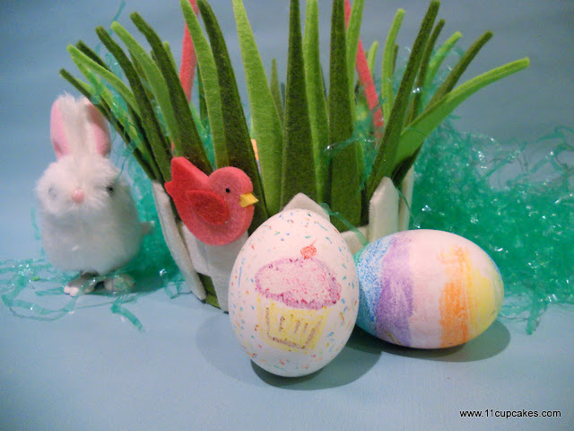 Easy Easter Egg Decorating with crayons