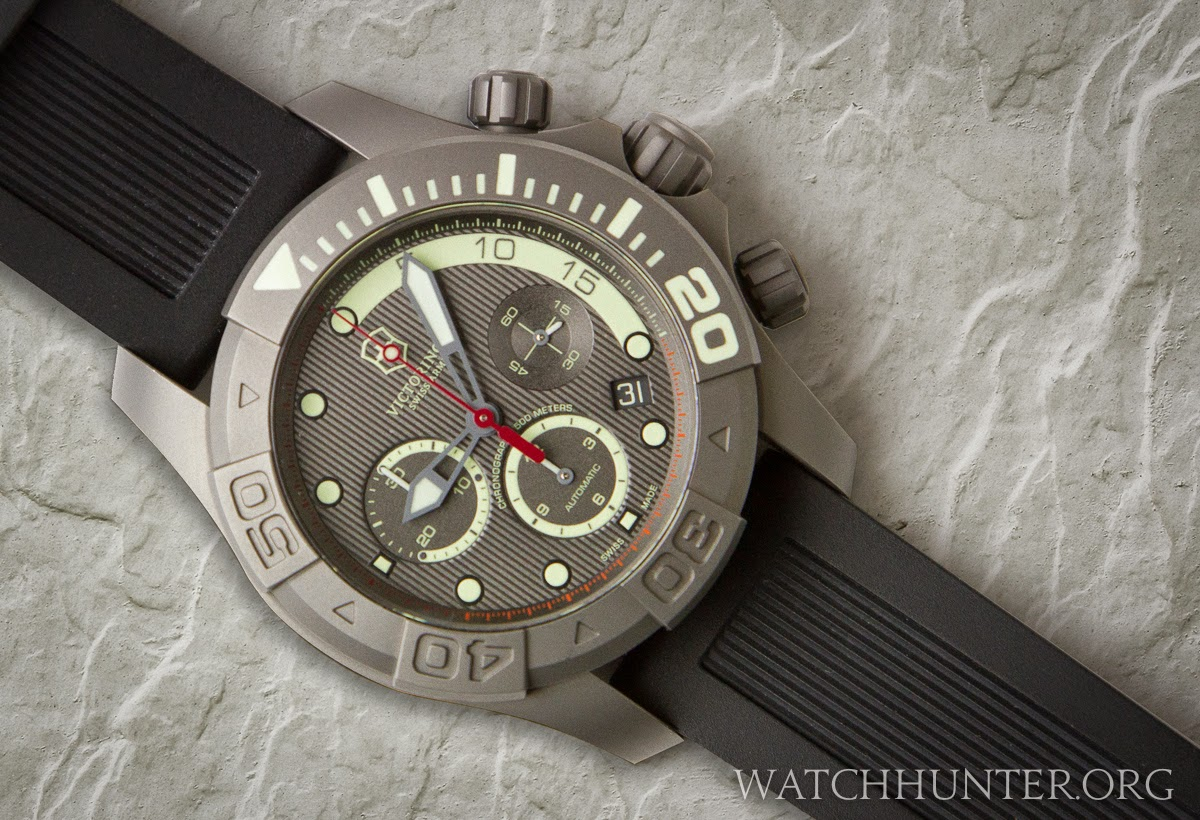 Victorinox Swiss Army Limited Edition Titanium Dive Master 500 on OEM black rubber dive strap