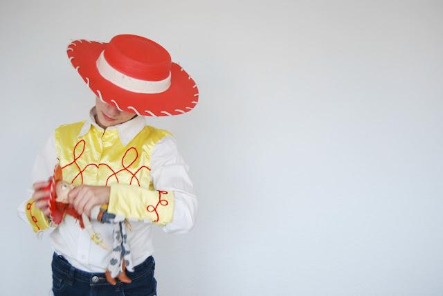 disfraz Jessie la vaquera hecho en casa. Handmade Jessie from Toy Story costume