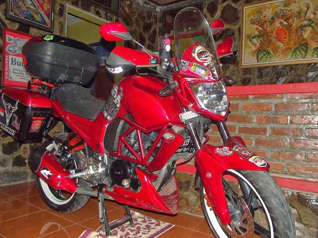 Modifikasi Yamaha Byson 2012 Ala Touring Minimalis title=