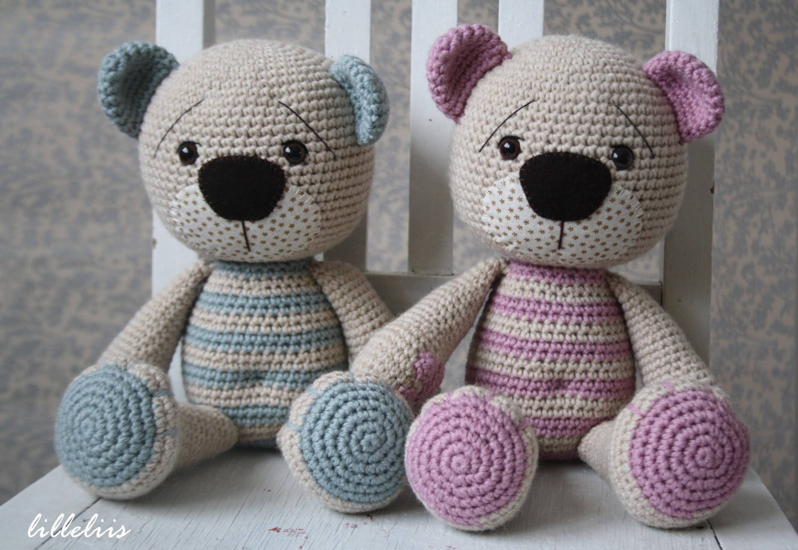 Amigurumi Crochet Teddy Bear Patterns : lilleliis.blogspot.com: Tummy Teddy amigurumi pattern
