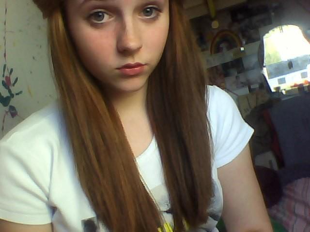 Gadis Remaja Ini Bunuh Diri Karena Terlalu Cantik [ www.BlogApaAja.com ]