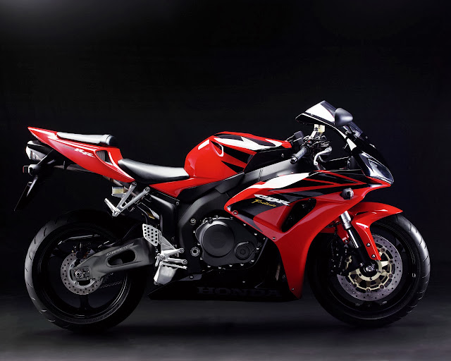 2011 Honda CBR 1000RR View Wallpaper
