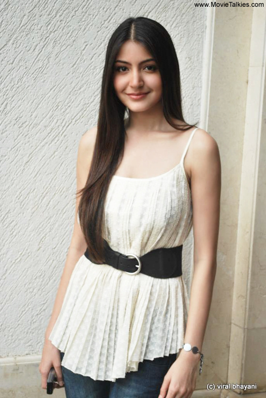 anushka sharma hot. 2011 Anushka Sharma#39;s hot