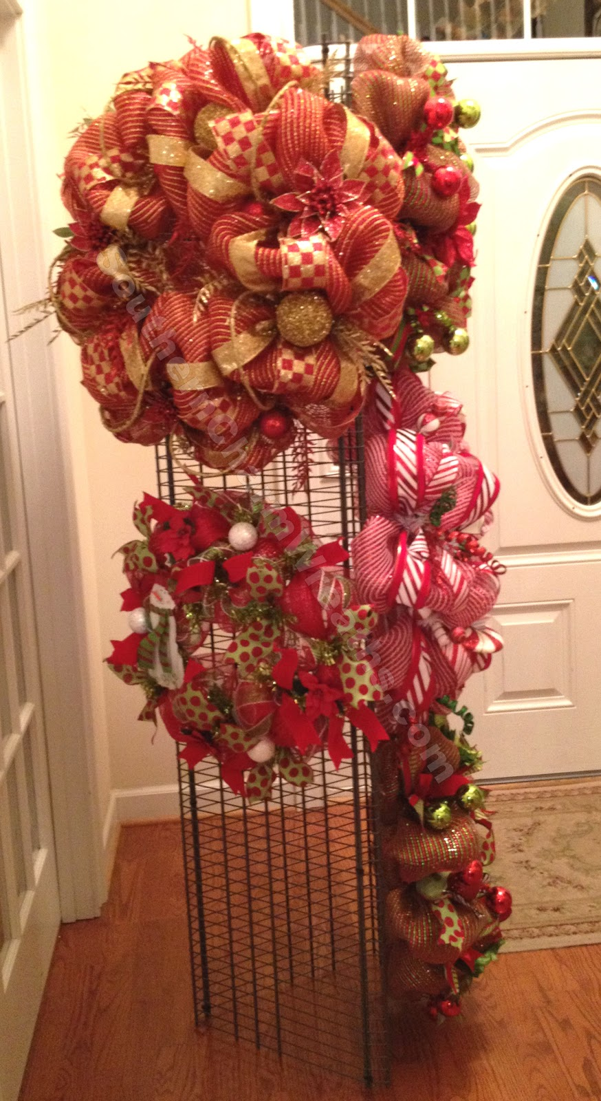 How To Make A Wreath Craft Show Display or Storage