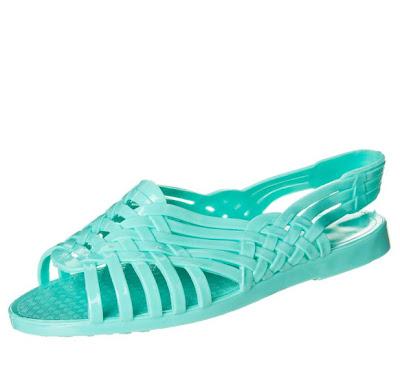 Sandalia de plástico para la piscina o la playa para ir a l última moda