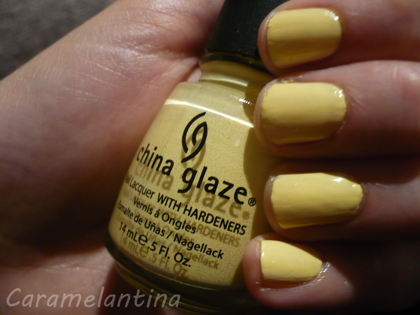 China Glaze Lemon Fizz, opiniones swatch review
