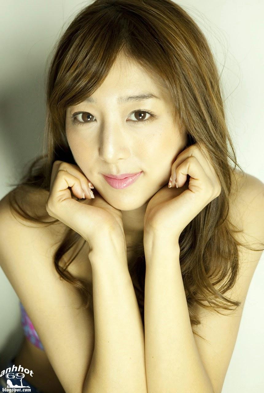 moyoko-sasaki-01425863