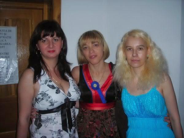 Stela Moraru-Pavel, Mihaela-Victoria Munteanu, Olivia-Maria Marcov iunie 2009, USH, Drept