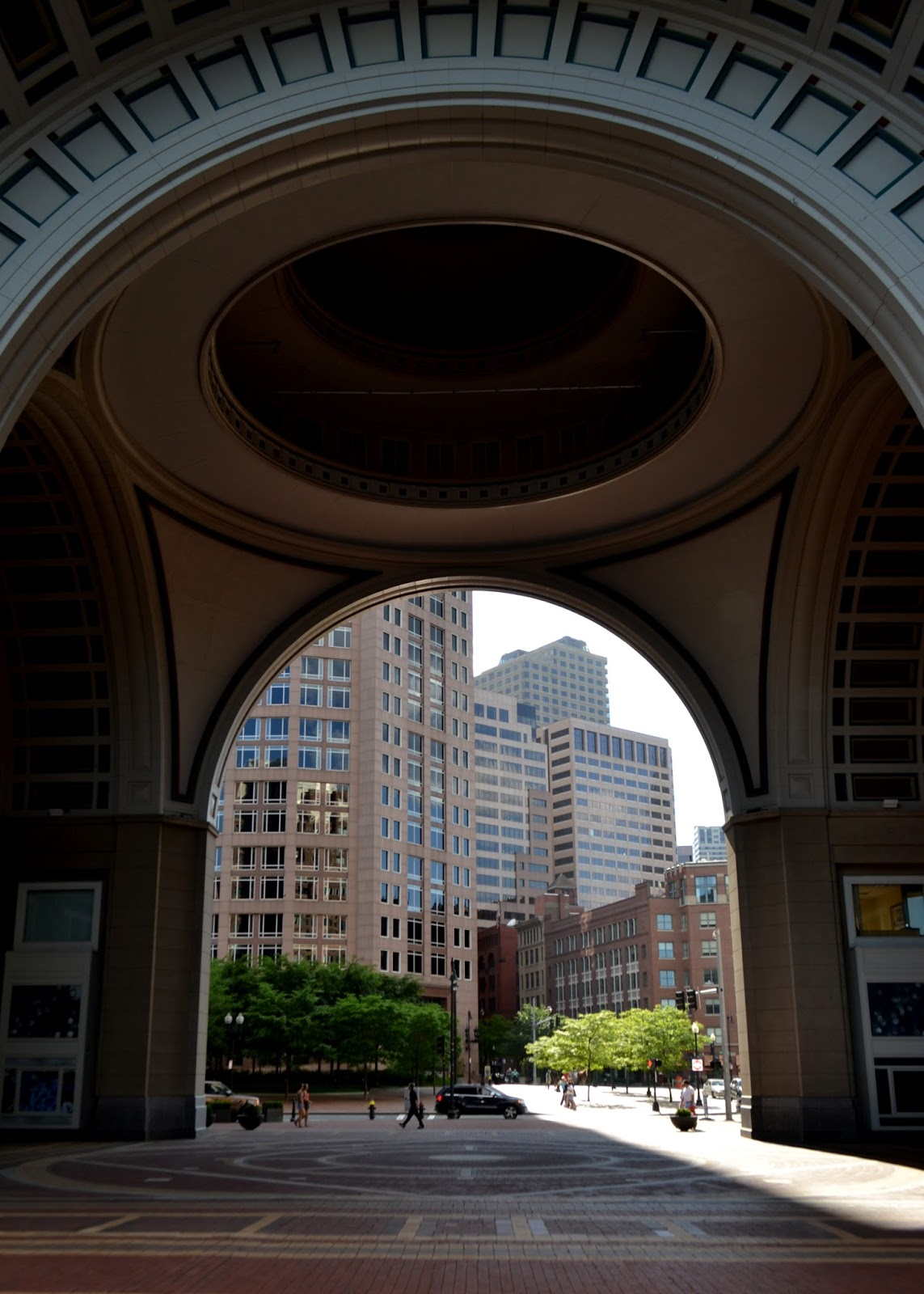 arch, rowes wharf, boston, shadow