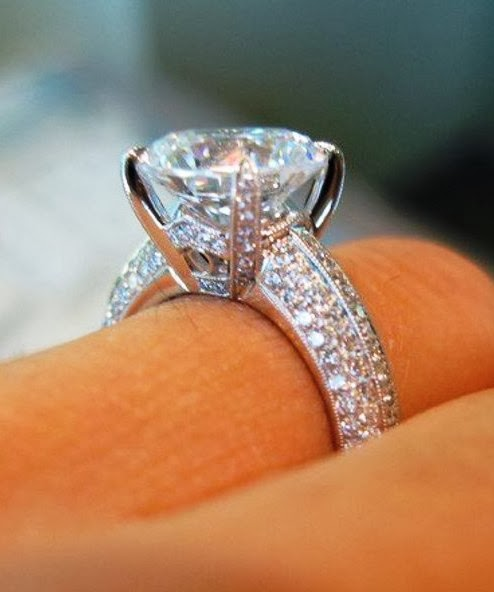 Gorgeous diamond wedding ring