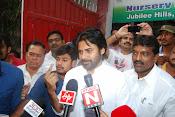 Pawan Kalyan casting Vote-thumbnail-1