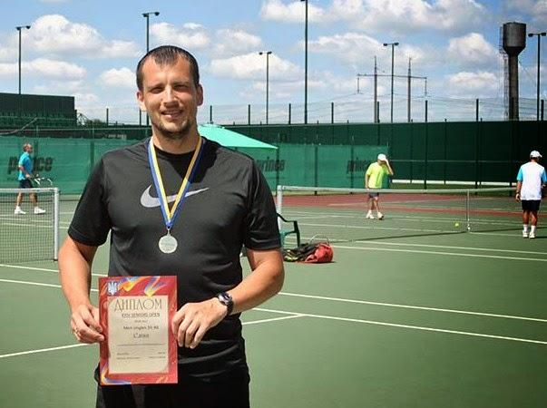 Теннис Спорт -это здоровье, прежде всего. Хотите быть спортивным? Похудеть?Большой теннис