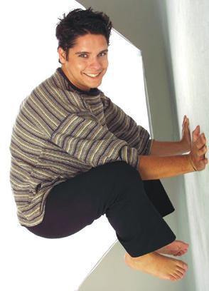 Gian Piero Díaz posando