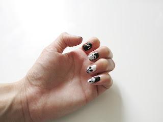 Halloween Nails, Halloween Nail Art, Halloween nail designs, Uñas dia de muertos, Diseño de uñas dia de muertos, Spooky Nails, Uñas de miedo