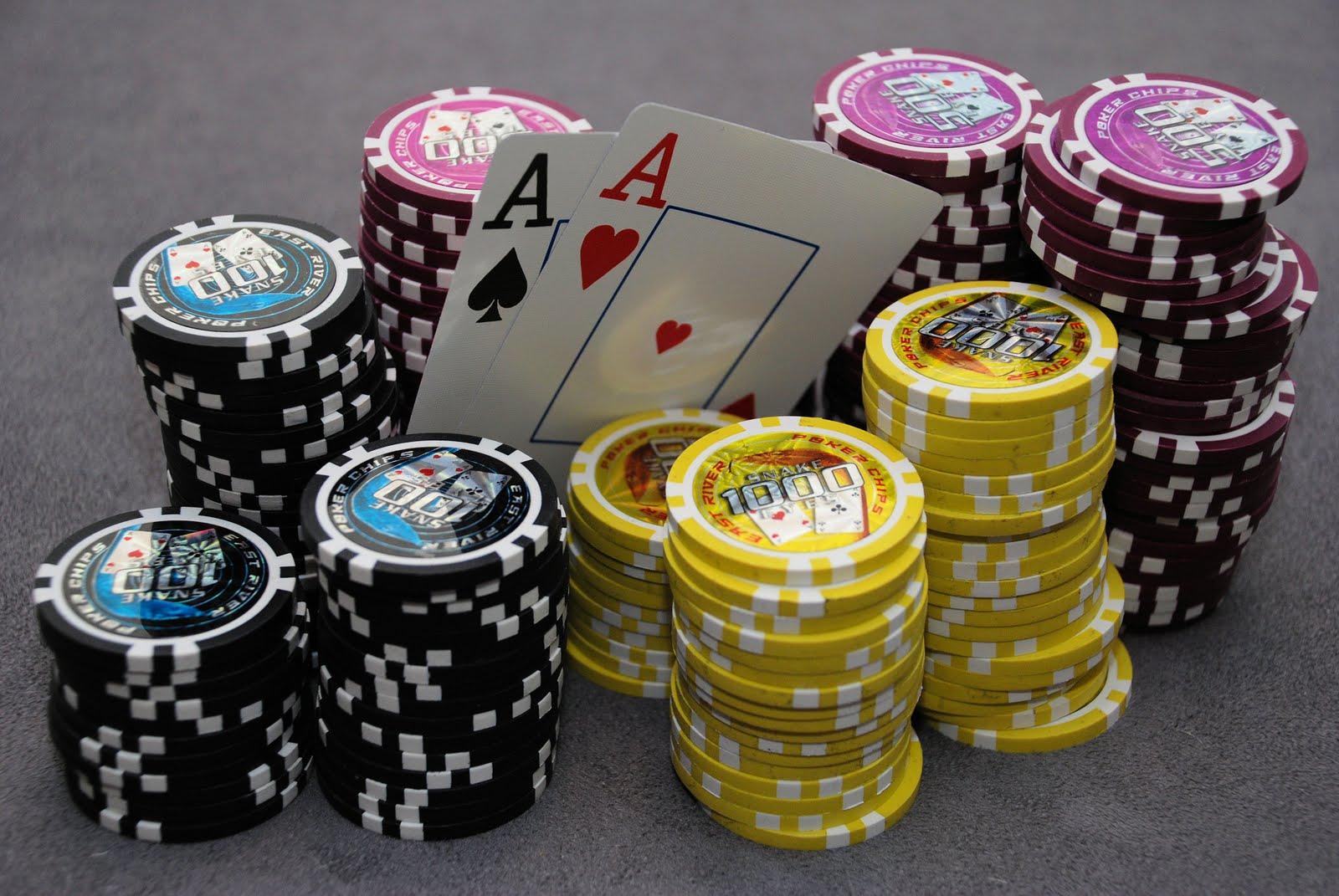 http://1.bp.blogspot.com/-ZRsViL8n4ts/Tfa9G0BRqVI/AAAAAAAAAIM/5QVSj2-I10w/s1600/poker_2.jpg