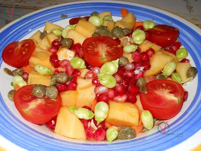 Ensalada con frutas otoñales.