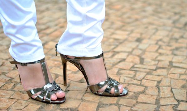VIDEO TAG: Confissões de uma viciada em sapatos! - sandália alta prata schutz