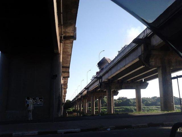 Acidente de Carreta em cima da Ponte do Rio Ribeira em Registro