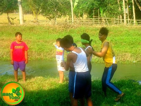 Pukul balon air di Dusun Gardu ( REGAZ), HUT RI ke 70.