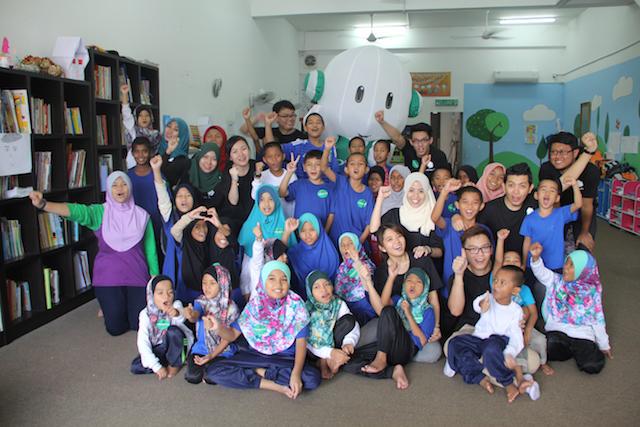 OPPO Malaysia Celebrates Raya With Rumah Safiyyah (CSR)