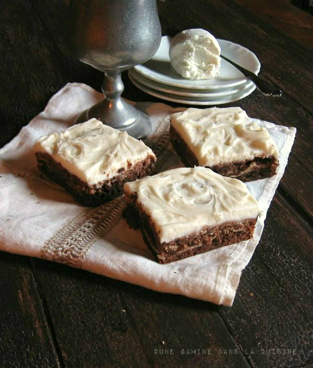une gamine dans la cuisine: Goat Cheese Brownies {revisited}