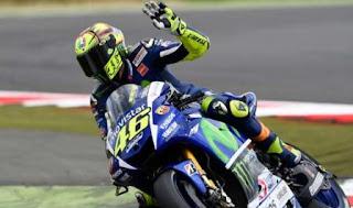 Rossi Juara MotoGP Inggris 2015