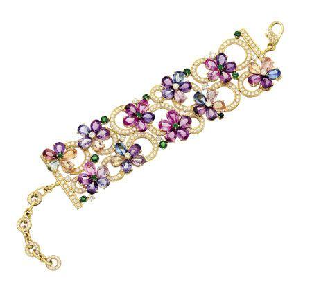 Bulgari Sapphire Flower Gold Bracelet