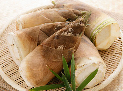 Remove bitter taste and poison of fresh bamboo shoots