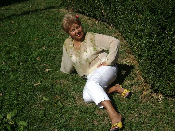 .....Realizatoarea de Radio Lory Onesti...
