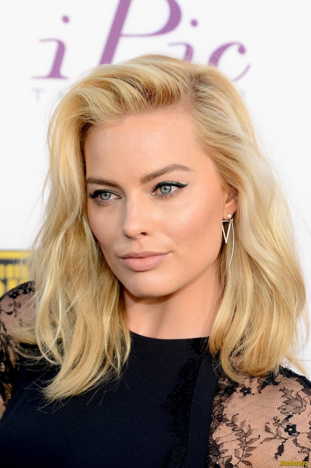 Margot Robbie Actress Photos Gallery 2