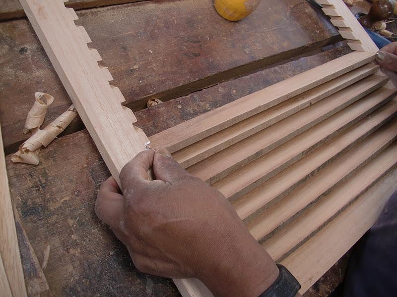 Decoraciones manualidades en madera como hacer persiana - Hacer una ventana de madera ...