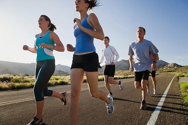 Correr en grupo puede ayudar a motivarte y mejorar
