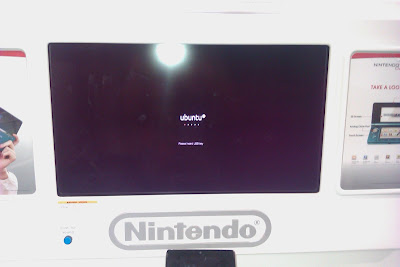 Ubuntu running a Nintendo display in Best Buy.