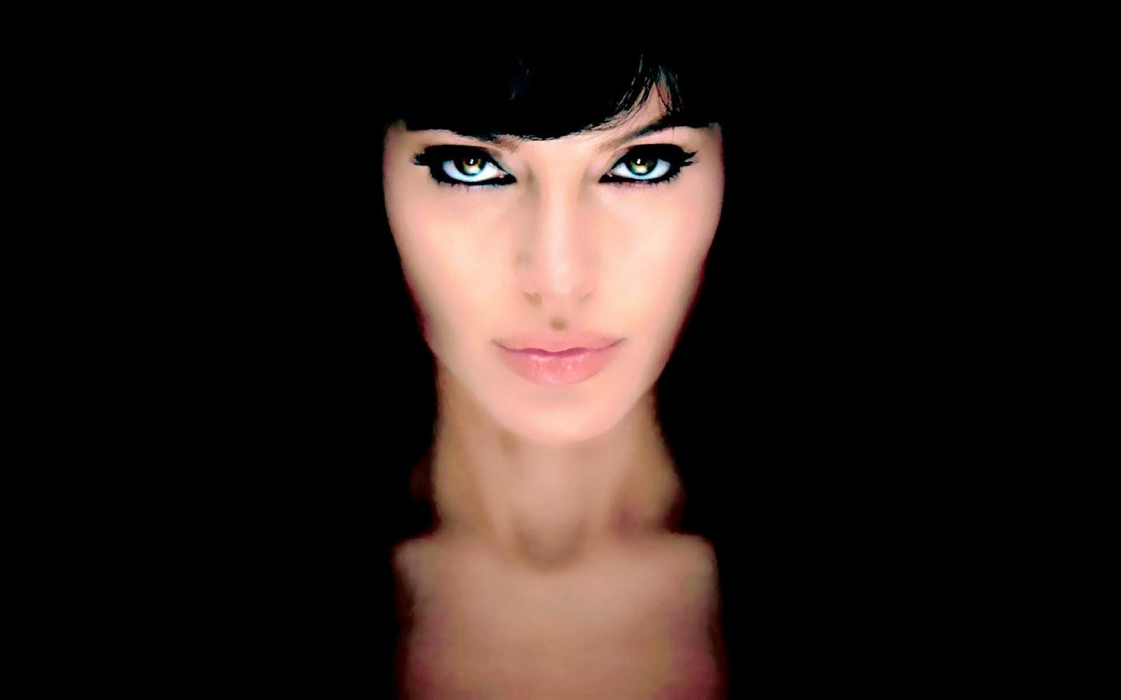 Angelina Jolie Wallpaper HD