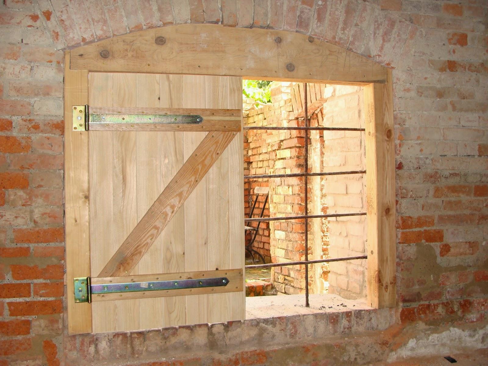 Bau Welten: Bildanleitung Fensterläden selber bauen