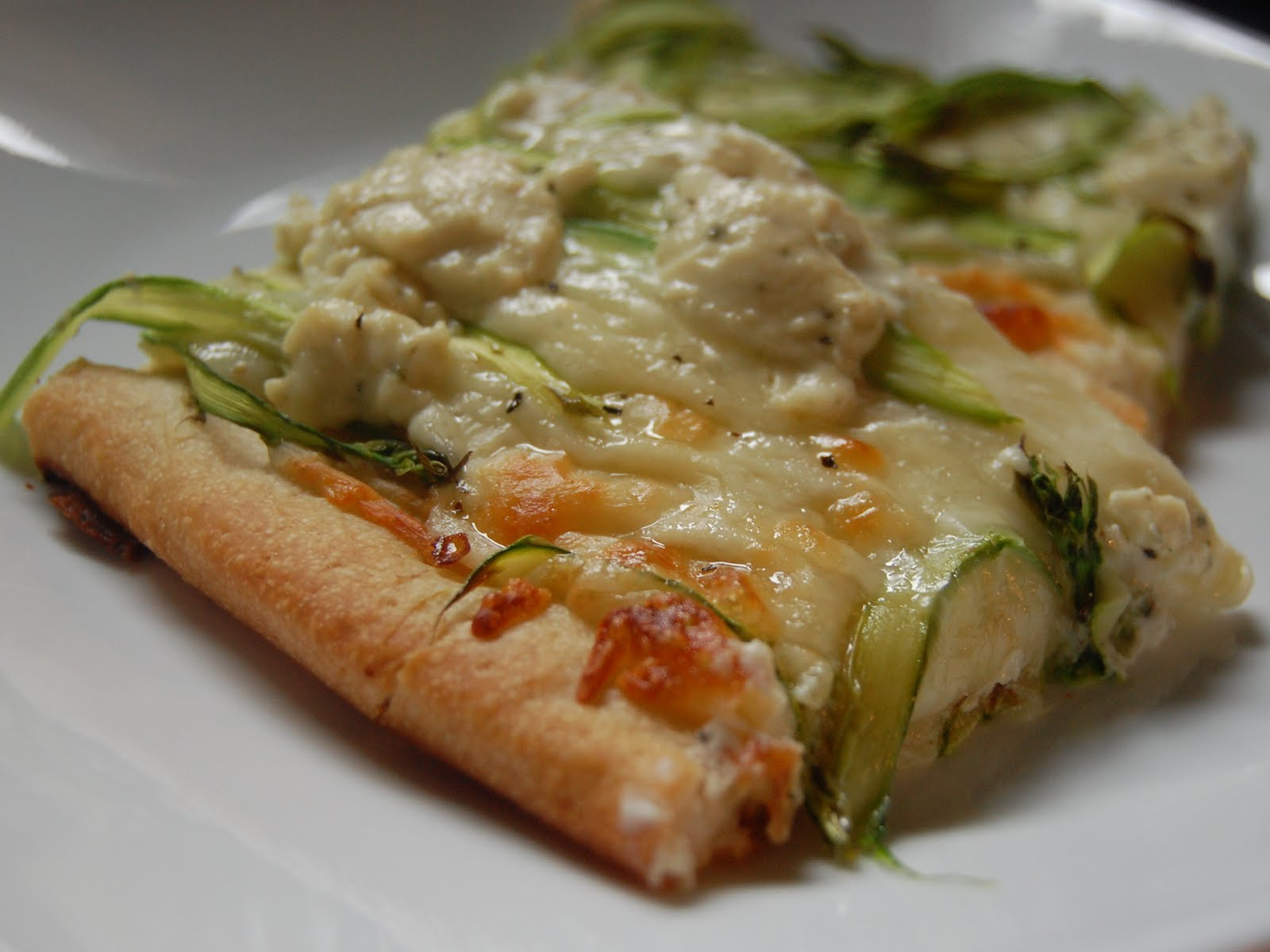 Cassie Craves: Shaved Asparagus Pizza