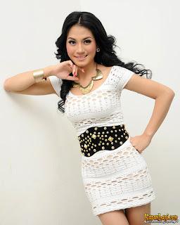 Foto Lina Marlina penyanyi mp3 cowo gelo|3gp dangdut