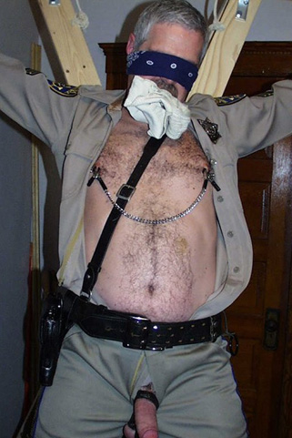 gay-daddies: 65 pictures Gay Daddy Bears BDSM, Torture ...