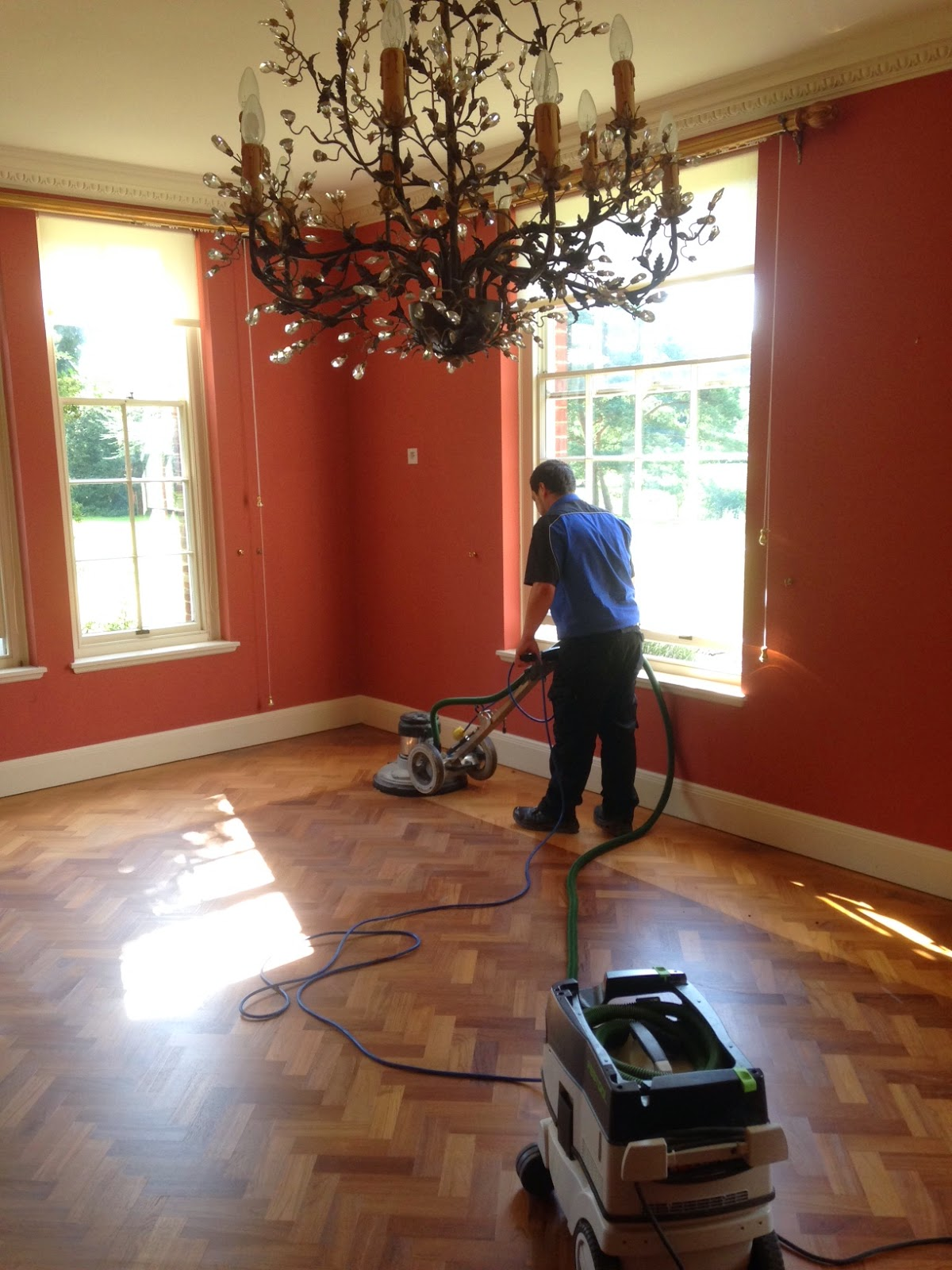 Renovate hardwood floor, sanding floorboards, sanding, re-coating, floor sander hire, clean wooden floor, art of clean, Cambridge