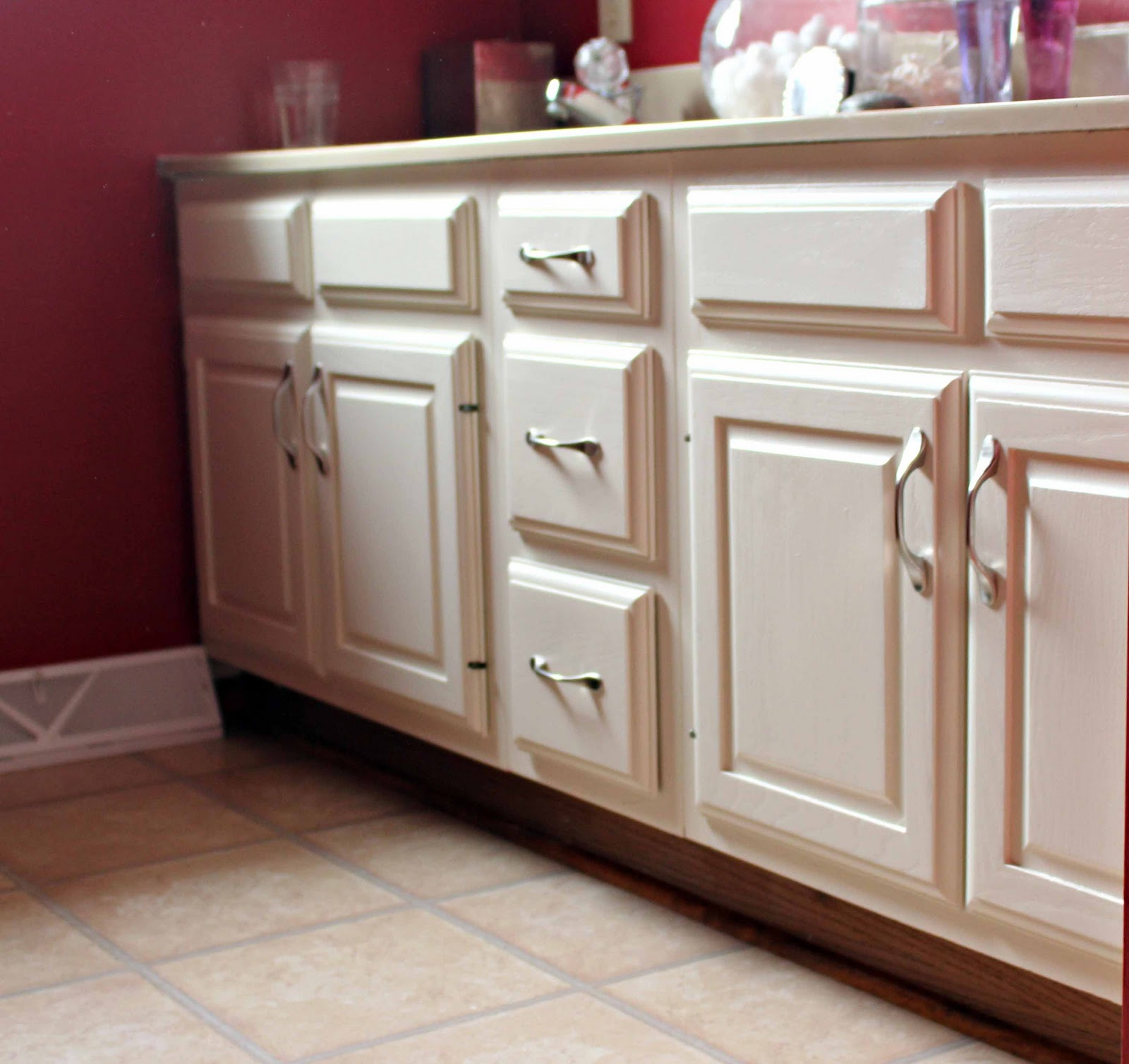 painted bathroom cabinets ideas