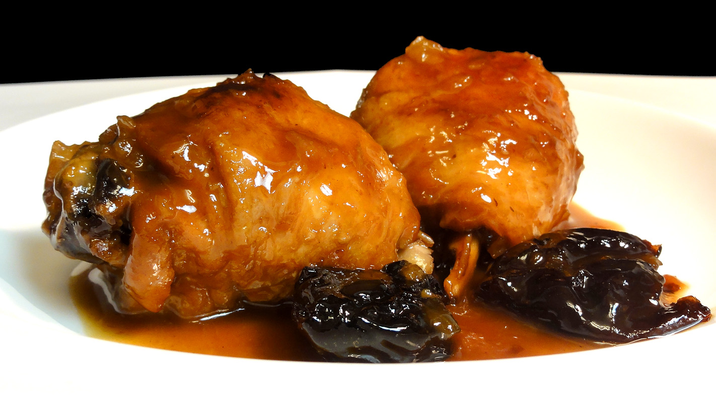 Cocinar para los amigos pollo con ciruelas y salsa de jerez for Maneras de cocinar pollo