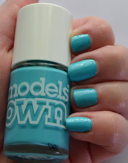 Models Own polish for tans Turquoise Sea