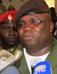 Guiné-Bissau: COMANDO MILITAR MANDA ENCERRAR DE NOVO RÁDIOS PRIVADAS