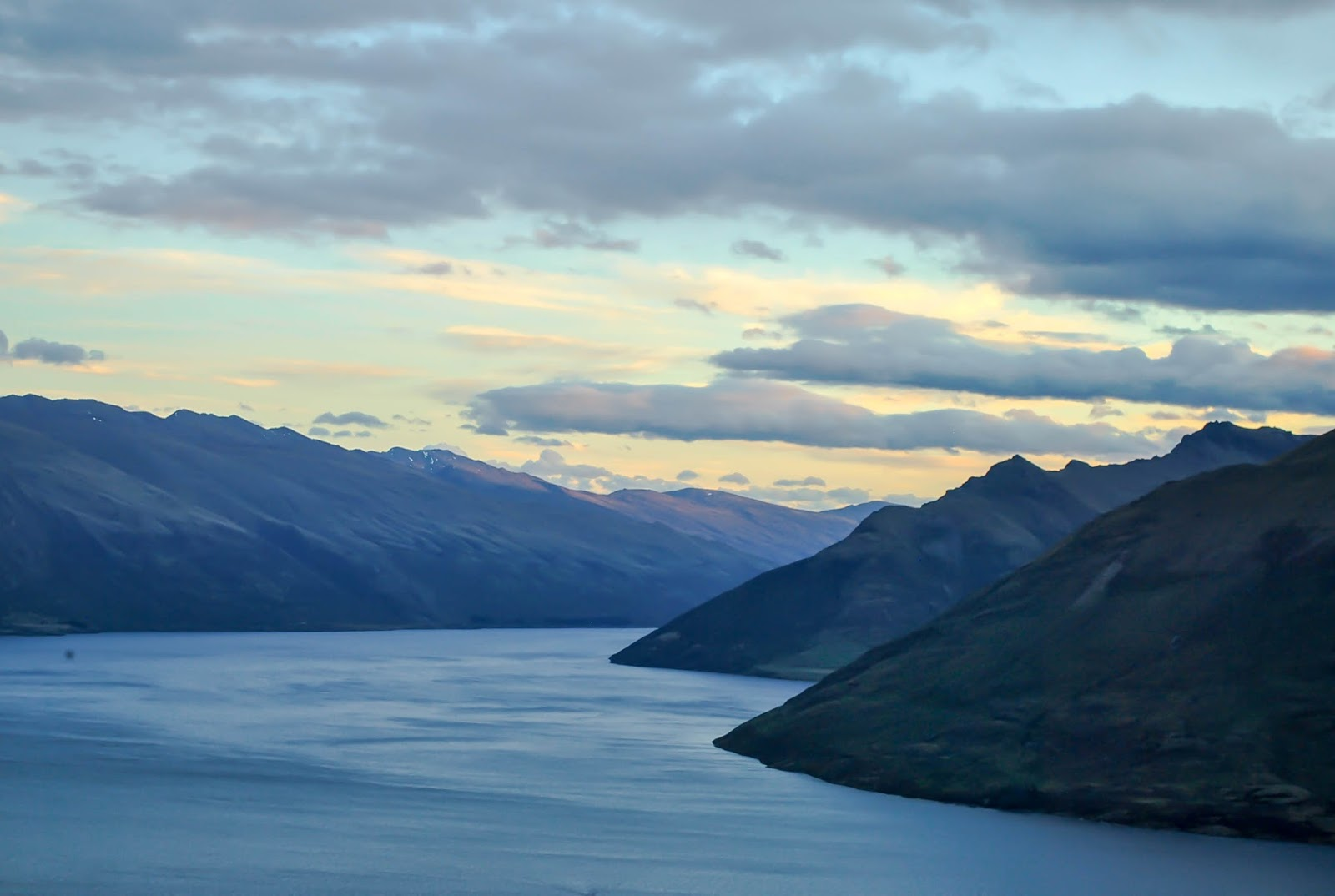 Things to do in Queenstown New Zealand : Sunset from the Skyline Gondola
