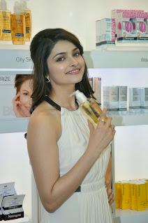 Prachi Desai unveils 'Neutrogena' digital campaign