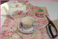 ~Aprons & Tea~